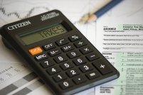 Wyliczanie PIT z kalkulatorem